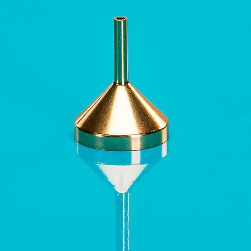 Trichter, gold, Metall, 2,5 cm Durchmesser Hals 3,60 mm