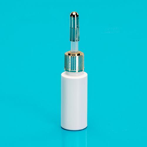 9-10 ml Ampullen-Flasche, PE weiß, Pipette natur PE, Schraub- und Steckkappe gold